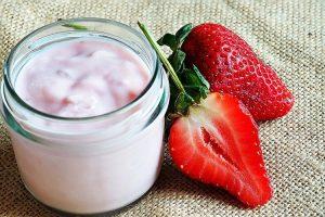 yogurt casero de frutas