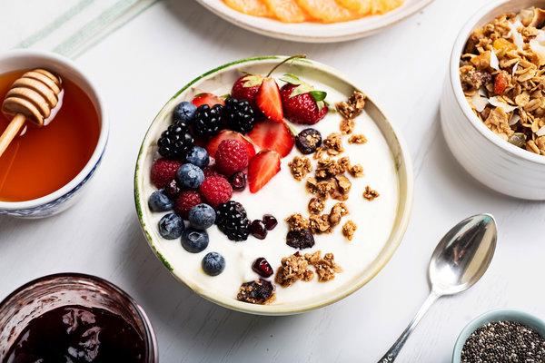 tazon de yogurt con frutos secos